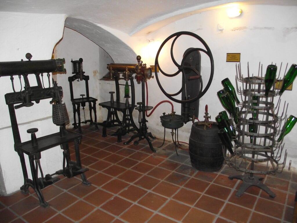 Nejrůznější pomůcky a nástroje pivovarníků