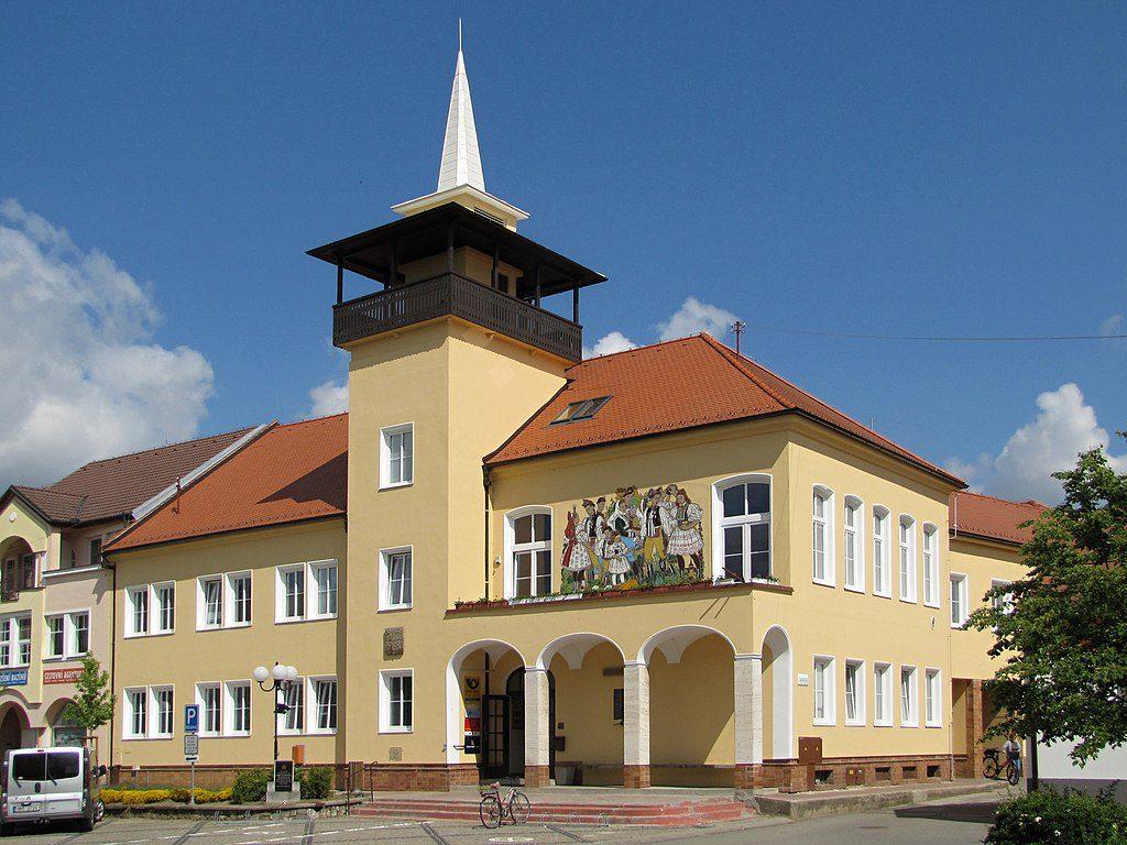 Kromě zahradní železnice navštivte i samotný Vracov, který je nádherný.