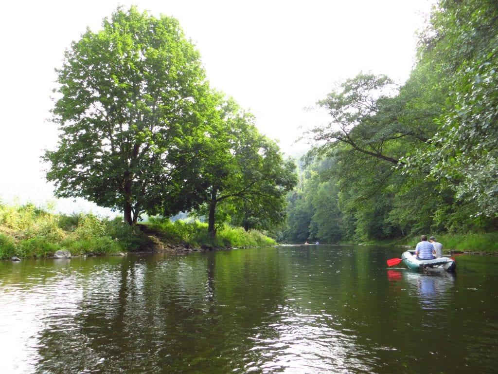Řeka Jizera má nádhernou přírodu.
