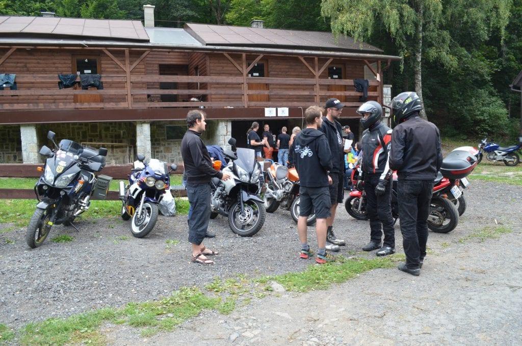 Slezské Motobloudění je ideálním místem k seznamování a konverzaci nejen o motorkách.