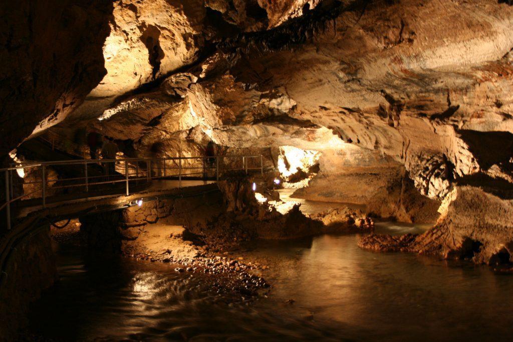 Demänovské jeskyně jsou známé po celém světě.