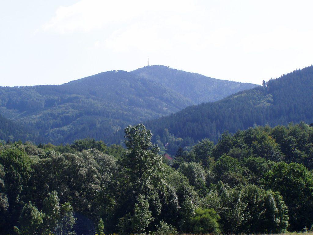 Poznáte Beskydy v okolí Lysé hory.